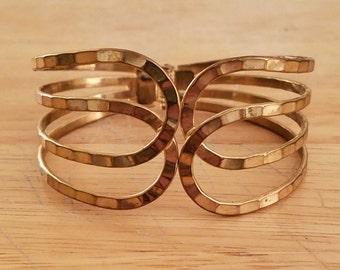 Vintage Hammered Goldtone Metal Bangle Bracelet