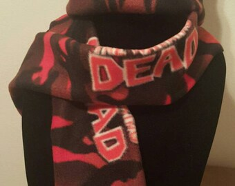 Walking Dead Winter Hat and scarf Set