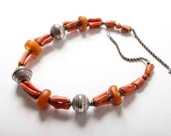 Ámbar de coral y collar de bereber marroquí joyería de plata