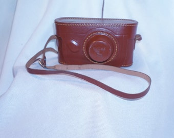 Vintage Argus camera C3 35mm with beautiful leather case 106BB