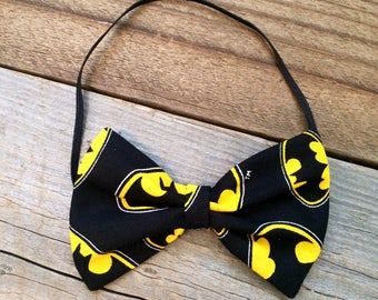 Batman baby headband, batman baby bow, batman hair bow, batman bows