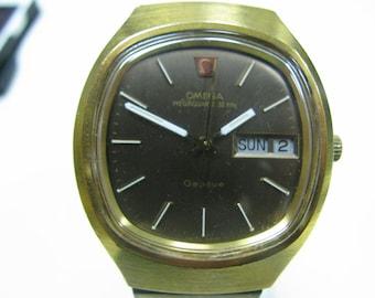 Vintage Late 70's or 80's Omega Quartz 32 KHz Geneve Gold Filled 8 Jewels Watch