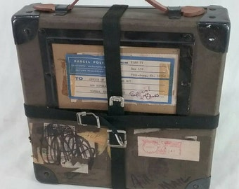 One vintage film reel mailing shipping case