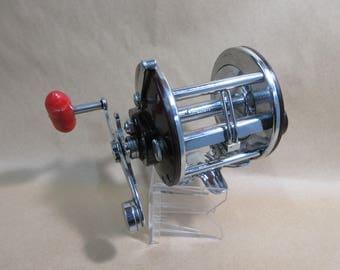 Vintage Penn Peer 209 Levelwind Fishing Reel