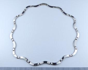 Silver fancy link necklace
