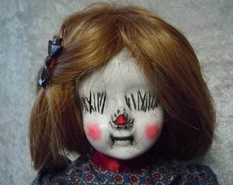 Weird Creepy Doll #99  day of the dollies