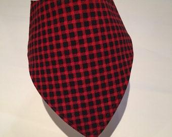 Red & black bib / drool bib / bib