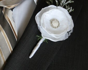 White Boutonniere Winter Wedding Groom Boutonniere Groomsman Boutonniere White Boutonniere Wedding Boutonniere Lapel Pin