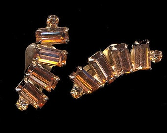 """1950's Orange 1 1/4"""" Weiss Clip Earrings"""
