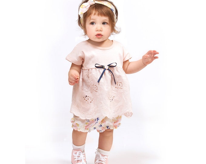 Baby Girl Outfit, Baby Girl Outfits, Baby Eyelet Outfit, Baby Girl Bloomers, Baby Girl Clothes, Baby Girl Headband, Tesababe