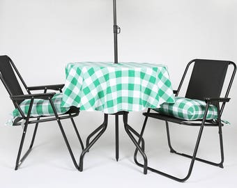 """58"""" Diameter Gingham Check Garden / Patio Tablecloth with hole for a parasol / umbrella - Made from polyester fabric not cotton."""