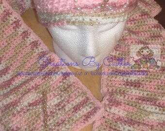 Butterfly, Pearl Beads, Scarf & Beanie Set, Keyhole and Pockets, Crochet