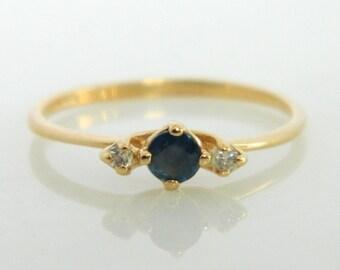 Beautiful 14K Gold Blue Sapphire & Diamond Ring