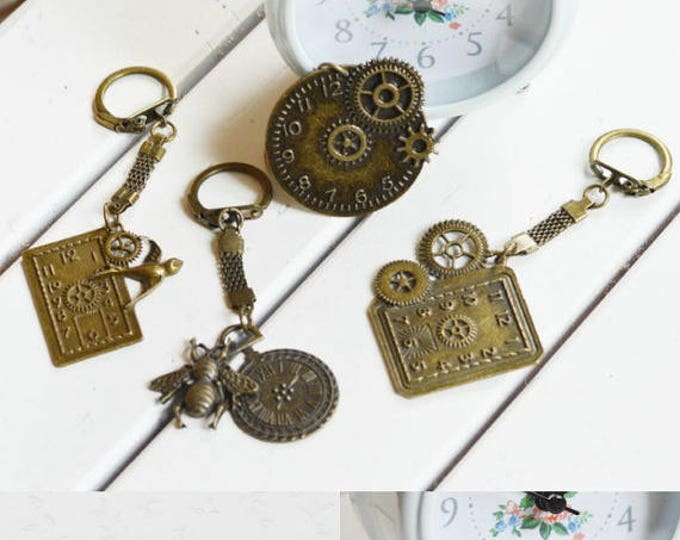 Vanity Of Vanities // Key chain metal brass // You can choose Your own Time // Retro, Vintage // 2015 Best Trends // Fresh Gifts For Friends