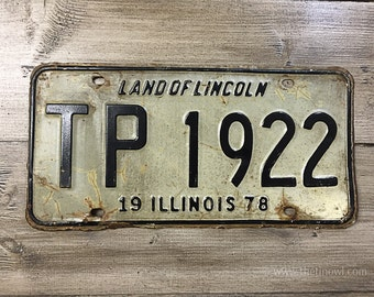 Vintage Illinois License Plate 1978 | White Black Rusty | Man Cave Decor | Old Collectible | For Him | Garage