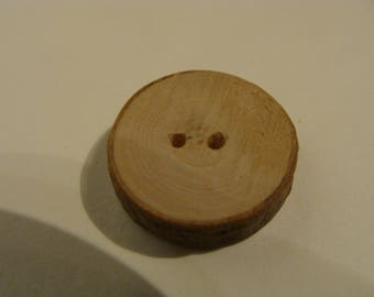 Wooden buttons made of maple 1