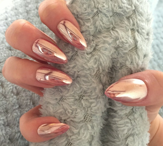 faux ongles chrome