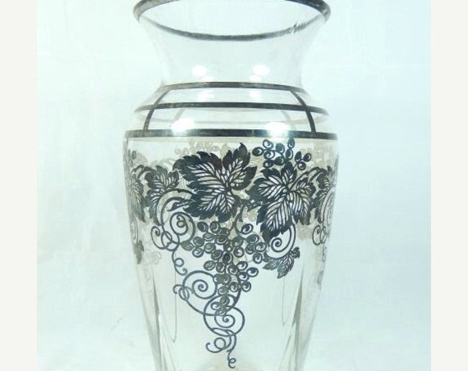 Storewide 25% Off SALE Wonderful Antique Black Grapevine Unique Patterned Large Floral Vase Featuring Fluted Style With Grape & Leaf Design