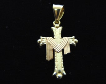Vintage Estate 14K Yellow Gold Religious Cross Pendant, 1.1g E2905