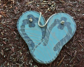 NEW Wedding guestbook idea. Wood Flip flops guest book alternative. Wedding gift for couple. Beach wedding decor.