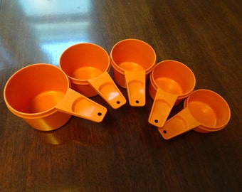 Orange Tupperware, Measuring Cups, Vintage Tupperware, Midcentury Modern, Orange Kitchen, Vintage Baking, Tupperware, l970s Kitchen, Orange