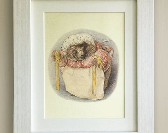 """FRAMED Beatrix Potter Print, New Baby/Birth, Nursery Picture Gift, 3 Frame Options, Lovely Birth/Christening Gift, 10""""x8"""", Mrs Tiggywinkle"""