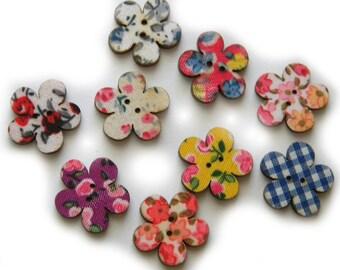 10 Wooden Flower Buttons