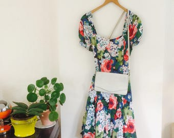 Vintage floral dress| vintage jurkje | vintage dress | floral dress | size M | thin petticoat | beautiful dress