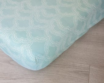 Organic Changing Pad Cover | Mint Clouds