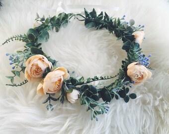 Eucalyptus Fern & Vanilla Cream Ranunculus Crown