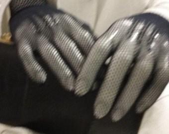 Delicate Black Mesh Knit Gloves