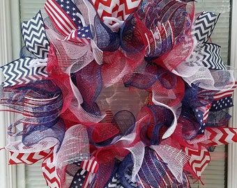 4th of July Wreath, Patriotic Wreath, Independence Day Wreath, USA Wreath, Holiday Wreath, Mesh Wreath, Deco Mesh Wreath, Ribbon