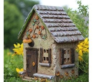 Fairy Garden  - Sunflower Farm House - Miniature