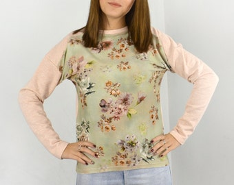 Spring flower blouse/ Front flower stamped blouse/ Warm long sleeve blouse.