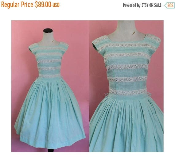 SALE 15% STOREWIDE 1950s cotton sundress/ 50s sky blue day dress/ small