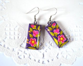 purple wedding pink flowers purple jewelry purple earrings botanical floral earrings violet purple green purple pink dangle earrings violet