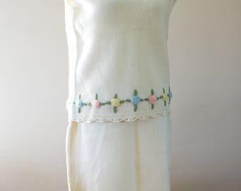 Vintage Ivory Wool Skirt and Sweater Vest Set with Pastel Floral Applique Made in Hong Kong Size Medium M-887