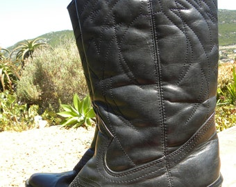 Pair of black leather cowboy boots, size uk 5, side zipper, gothic, western boots