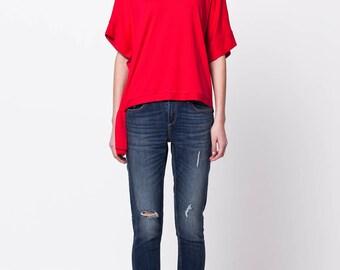 Red top| Red summer top| Viscose top| Red short sleeve top| Short sleeve top| Top with ribbons| Assymetric top| Loose jersey top| MAJA top
