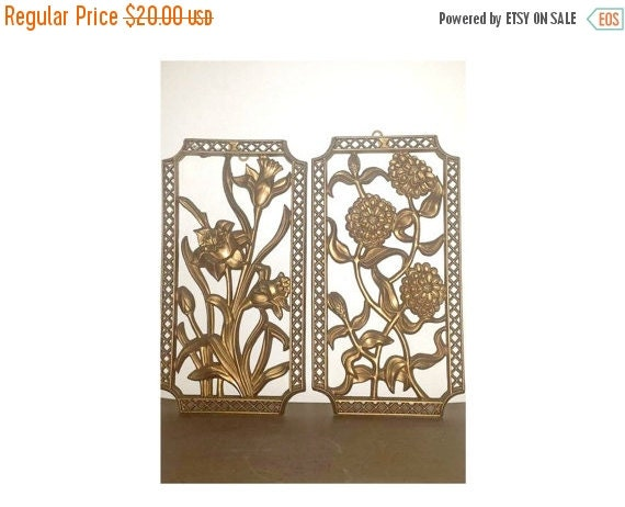 Hollywood regency gold floral wall plaquesturner by for Hollywood regency wall decor