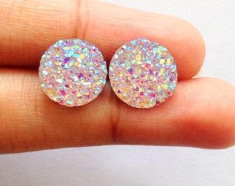 white stud earring, white studs, druzy stone earring, stud earings, bridesmaids earings, simple post earring, delicate studs,handmade jewlry
