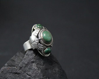 Vintage Sterling Silver and Green Turquoise Signed TAXCO Mexico Poison Ring with Leaf Accents