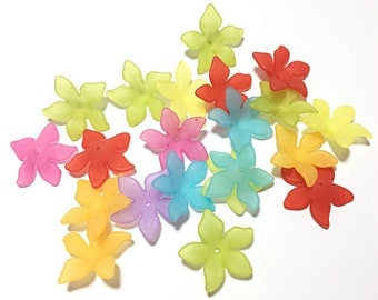 Lucite Acrylic Beads 12 pcs, Frosted, Dyed, Flower, acrylic flower beads 27x29mm, lucite flower beads, acrylic flowers, mixed flower beads