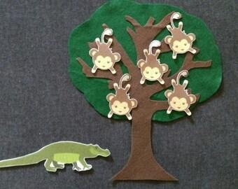 5 Little Monkeys Swinging In The Tree Felt Board Story // Monkeys // Tree // Nursery Rhyme //