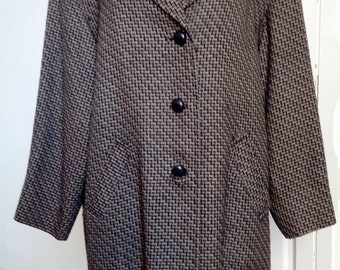Vintage 80s jacket wool, neck and leather buttons, herring bone pattern