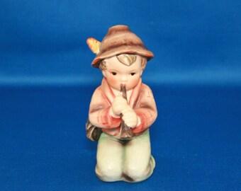 Vintage Goebel MI Hummel 214-H - Little Tooter - TMK3 circa 1960 – 1972 boy with horn