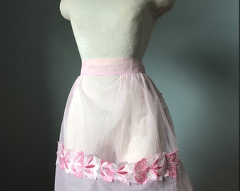 Vintage 50's Sheer Pink Hostess Apron- MINT CONDITION