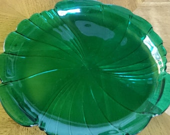 Beautiful Emerald Green Savoir Vivre Tray/ Made in Italy/ Modern/ Art Deco Design/ Holiday Serving