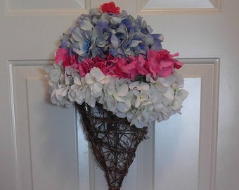 Ice Cream Cone Wreath
