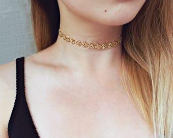 Gold Flower Choker Necklace / Daisy Choker Necklace